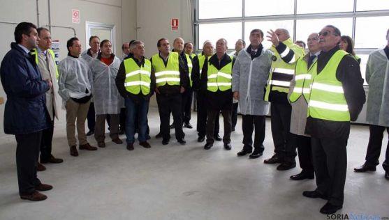 Visita de la Diputación a la planta de purines de Almazán. / Dip.