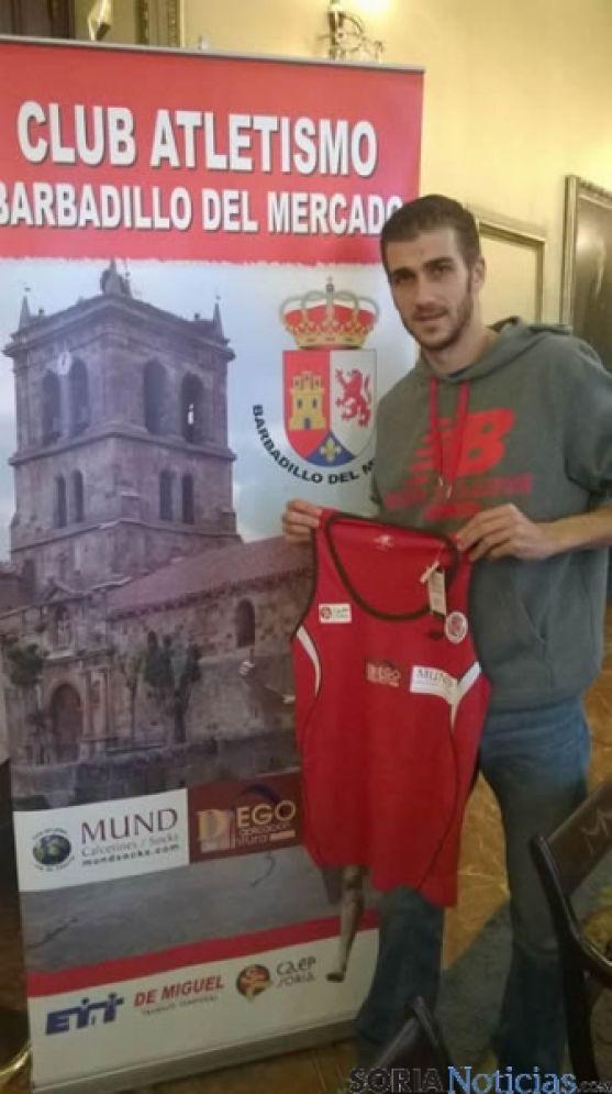 Javier Abad con su nuevo club