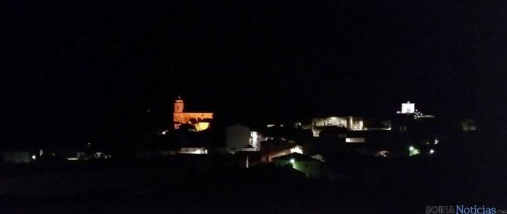 Vista de Torlengua de noche.