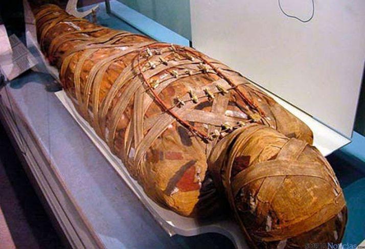 Una momia egipcia. / agorasimposio