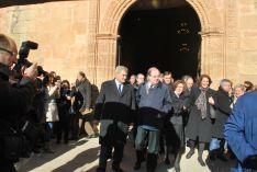 Imágenes del funeral por Canto Benito este lunes. / SN
