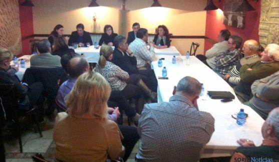 Imagen de la reunión del PP en Golmayo.