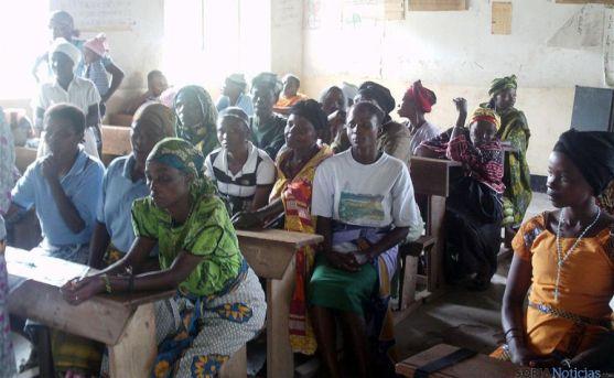 Mujeres beneficiarias del proyecto de Cives Mundi contra el SIDA en Tanzania. / CM