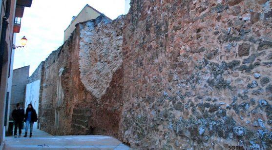 El tramo de muralla que sufrió desprendimientos. / SN