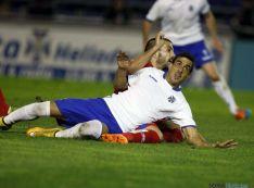 Distintos momentos del partido en el Heliodoro Rodríguez.