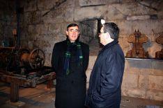 Antienza (dcha.) y Pardo, este miércoles en el campanario de la catedral.