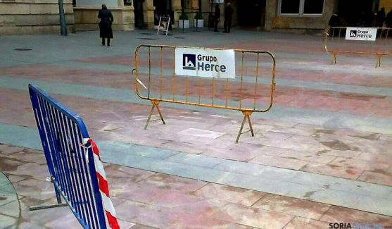 El pavimento reparado en El Espolón.