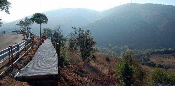 Imagen de la pasarela del castillo hacia el Duero. / Ayto.
