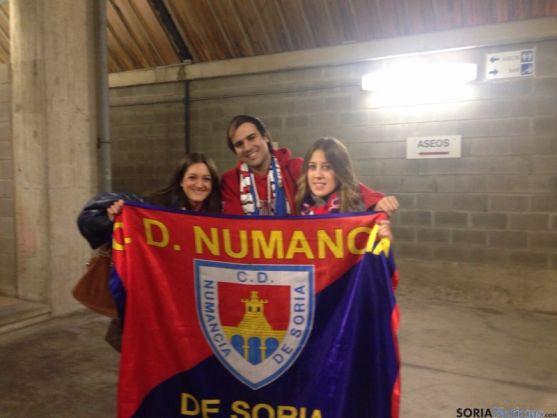Aficionados numantinos en El Sardinero