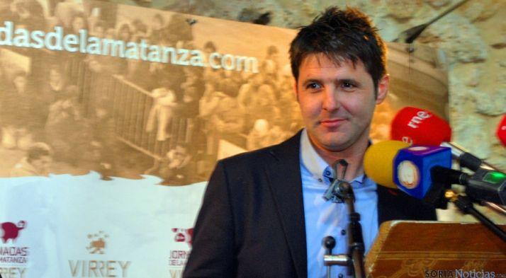 El periodista agredeño Jesús Cintora en su pregón de las Matanzas del Virrey.  / SN