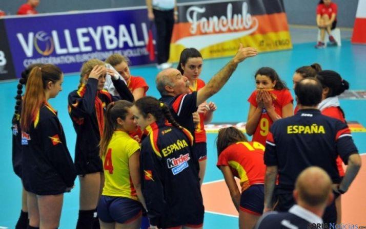Foto 1 - España pierde en el tie-break ante Alemania en el Preeuropeo juvenil femenino
