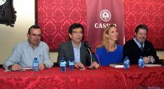 De Lózar (izda.), Espada, Álvarez de Toledo y Corcuera, esta tarde en el Casino. / SN
