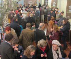 Sorianos y visitantes disfrutan de la trufa en el Palacio de la Audiencia. SN