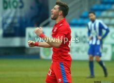 Enrich muestra su alegría marcar el gol que remontaba el partido