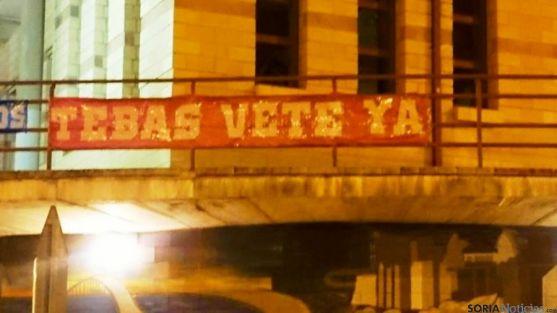 Pancartas en los aledaños de los Pajaritos / SN