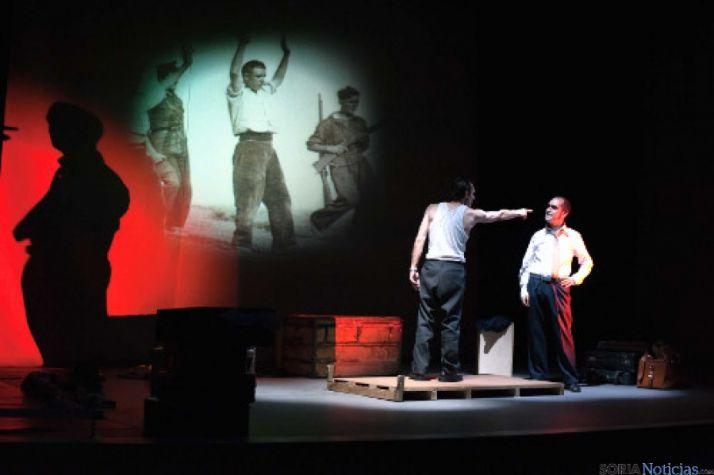 'Ligeros de equipaje' obra de teatro