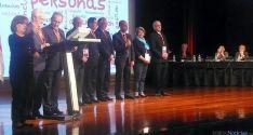 Fernández (de pie dcha.) en la VIII Asamblea Nacional de Cruz Roja