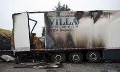 El camión tras el ataque. / Pigprogress.net