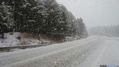 Las carreteras provinciales, con paisajes nevados. / SN
