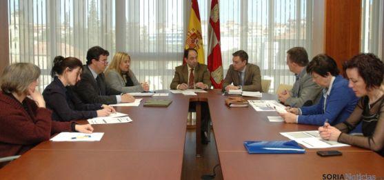 Comisión de Inmigración / Jta.
