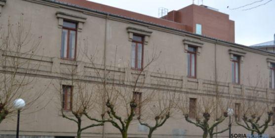 Fachada antiguo Colegio Universitario