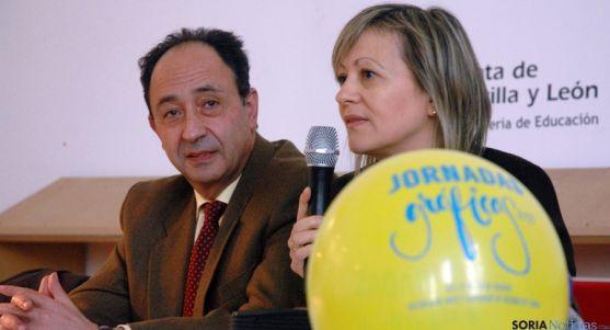 Manuel López y Teresa Pacho en la inauguración de las jornadas. / Jta