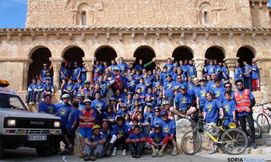 Los ciclistas, en uno de sus recorridos. / EH