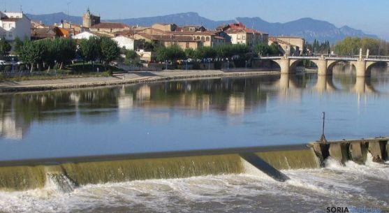 El río Ebro a su paso por Miranda de Ebro