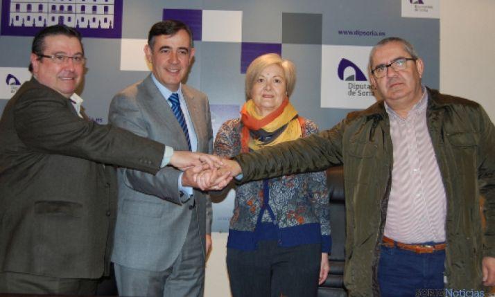 Firma convenios en Diputación