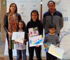 Los niños premiados en el concurso.