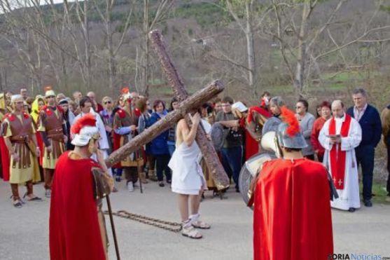 Vía Crucis en Molinos de Duero