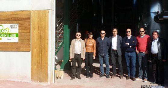 Ucranianos y portugueses en la central de Rebi en Soria.