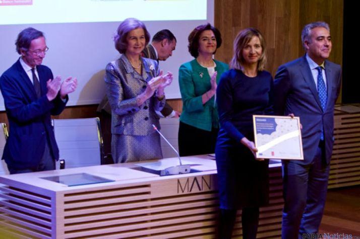 La consejera recibe el premio de Doña Sofía