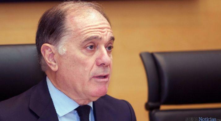 El consejero Tomás Villanueva, en su comparecencia este lunes. / Jta.