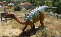 Maqueta de Dinosaurio en Villar del Río