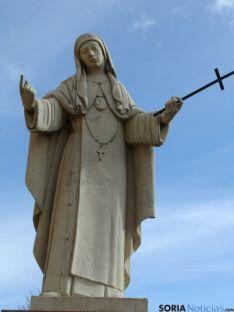 Estatua de Sor María de Jesús