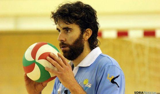 Manuel Sevillano, con la camiseta celeste.