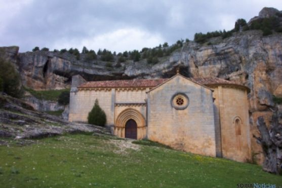 Ermita del Cañón de Río Lobos