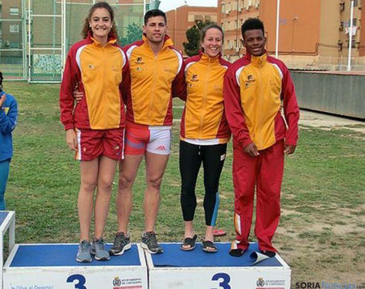 Los atletas de la selección regional.