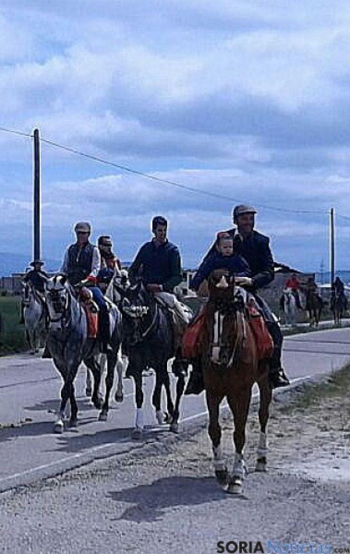 Foto 2 - Buen ambiente en la XXIX Romería Ecuestre a Valonsadero