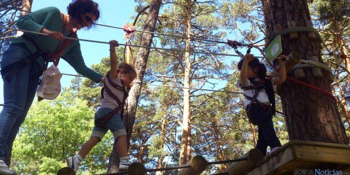 Niños en el parque Vinuesa Aventura. / SN
