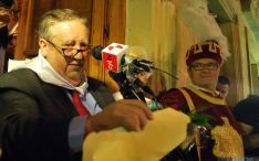 Francisco Javier Arigita, jurado de La Mayor, lee el pregón este miércoles. / SN