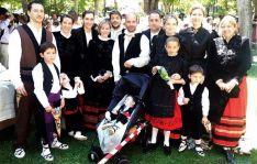 Generaciones familiares guardan el recuerdo para las venideras. / SN