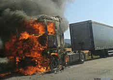 La cabeza tractora en llamas. / SN