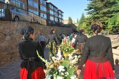 La ofrenda de flores el viernes en Ágreda. / SN