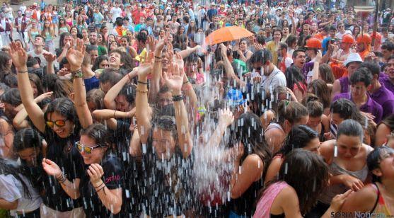 Caluroso arranque de Las Balas este lunes sanjuanero. / SN
