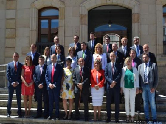 Toma de posesión de Luis Rey en Diputación
