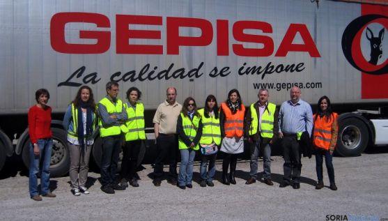 Los técnicos, en las instalaciones de GEPISA.