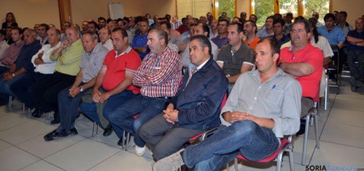 Socios asistentes a la asamblea