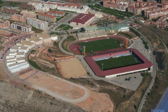 Complejo deportivo de Los Pajaritos de Soria